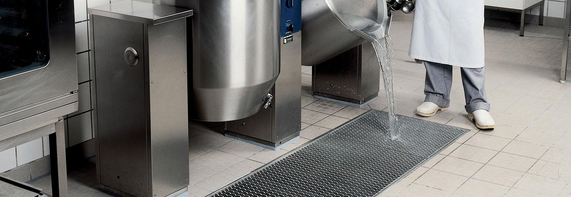 Blücher® Floor Drains & Endura® Grease Traps - Pescatech™
